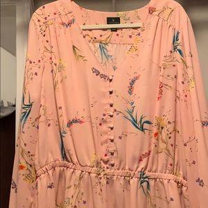 Beautiful v-neck flower dress blouse